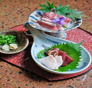 【平日限定・お手頃2食付プラン】夕食は馬刺し・魚の荒炊き・天麩羅の3種類より選べます!(料理内容ごとにプランをお選び下さい)